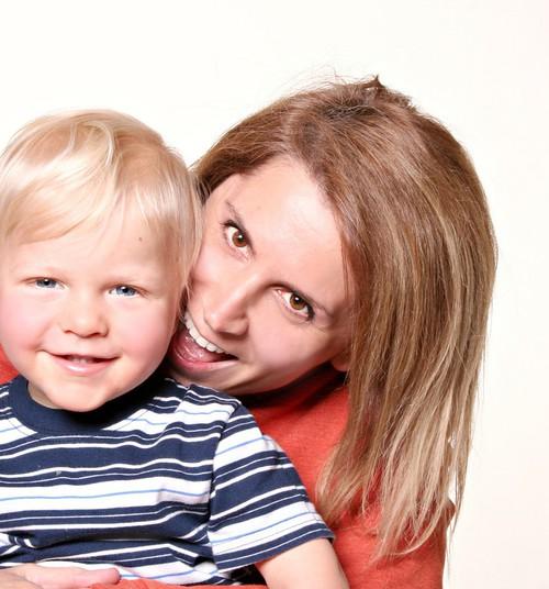 Uuring: Väikelapsega vestlemine suurendab tema intelligentsust koolieas