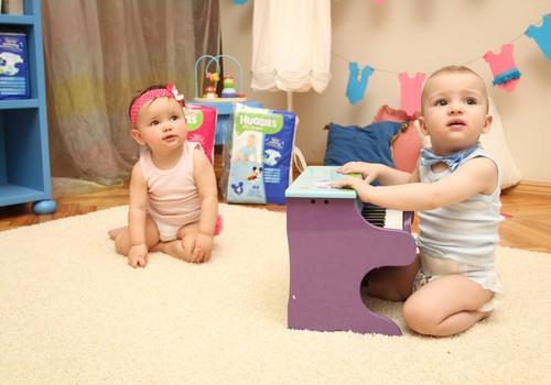 Kuidas beebi esimesel eluaastal kasvab ja areneb? Jälgi tema arengut nädalate kaupa!
