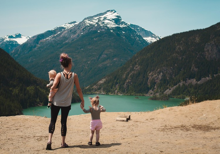 VÕISTLUS: beebiga koos reisil!