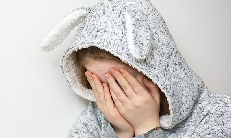 Uuring: Tüdrukud tunnevad päevade pärast häbi