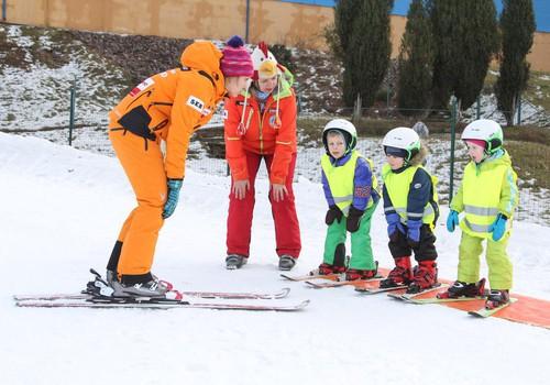 5 viisi, kuidas last talisporti harrastama innustada