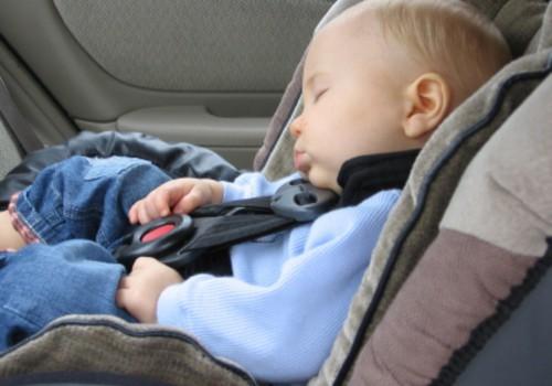 Video: ära jäta last üksi autosse!