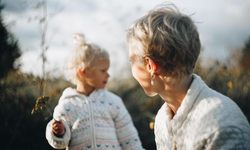 """""""Kui vanemal pole päevas kasvõi 3 minutit, et olla vaikuses ja vaadata endasse, siis on võimatu olla hea lapsevanem"""""""