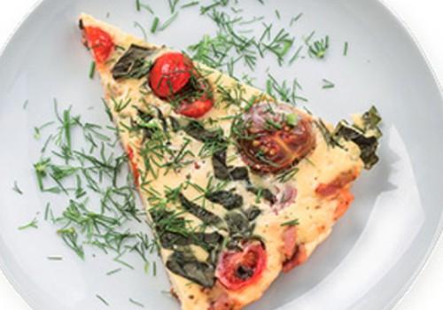 Suussulav omlett tomatite ja peekoniga
