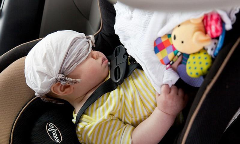 Viljandimaal jäi beebi palavasse autosse lõksu