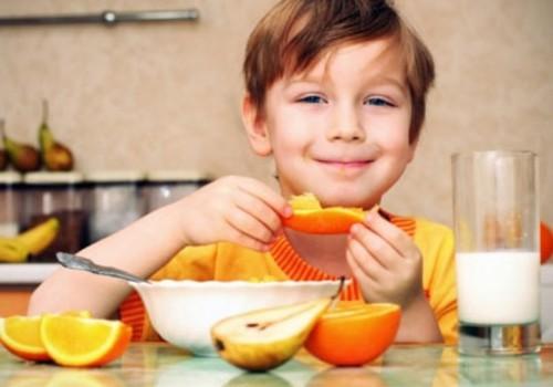 10 nippi, kuidas laps tervislikku toitu armastama panna
