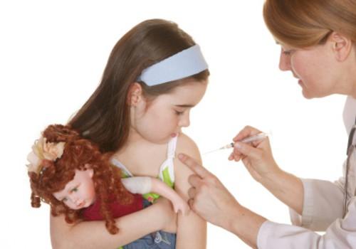 Vaktsineerimine viis lapsed koolipingist haiglasse