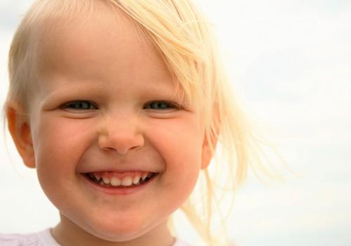 Video, mis teeb päeva paremaks: 100 naeru Eesti lastelt