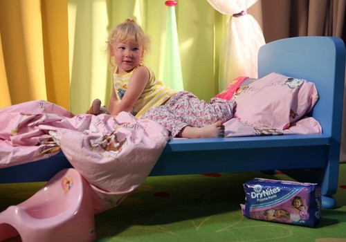 Öine voodimärgamine - probleem, milele panevad tavaliselt diagnoosi arstid, mitte vanemad