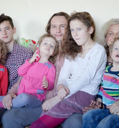 Kolme ja enama lapsega perede kõrge toetus hakkas kehtima