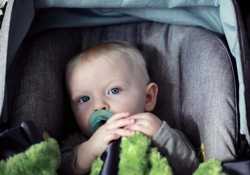 Liiklusõnnetuses sai kannatada sai täiskasvanu süles sõitnud imik