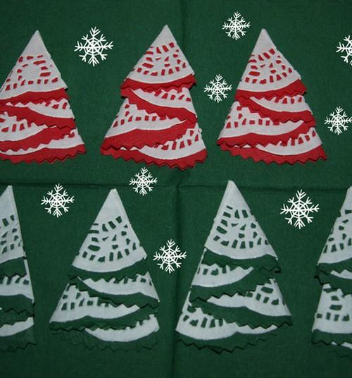 Jõulumeisterdused: Kaunid salvrättidest kuusepuud jõulukaartidele ja kingipakkidele