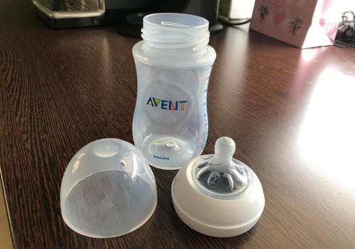 Philips Avent Natural lutipudeli arvustus: Palju meeldivam on beebil süüa nibumeenutavast pudelilutist!
