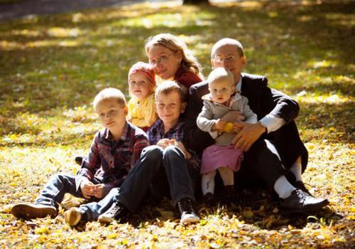 Vähekindlustatud lasterikkad pered saavad kodutoetust taotleda