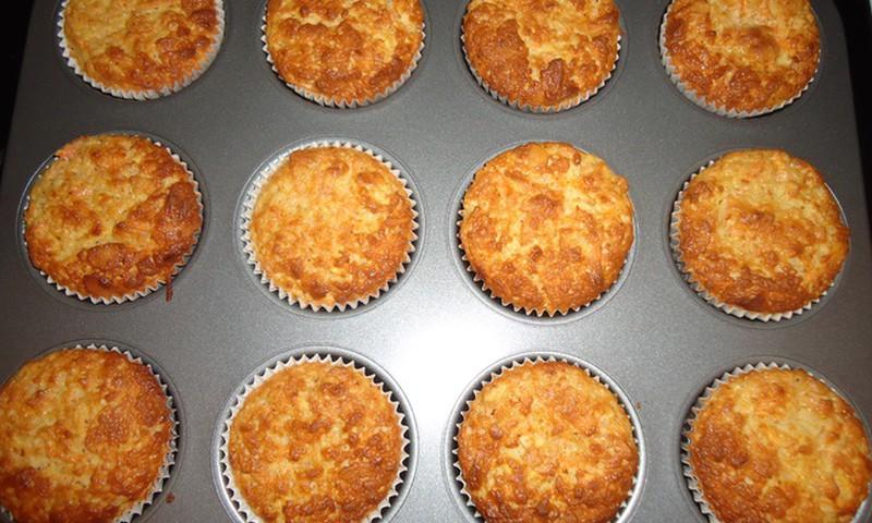 Õuna-porgandi-mandlite muffinid