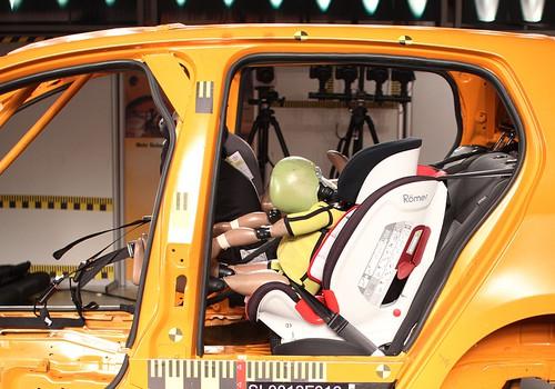 Autoklubid avalikustasid 2017. aasta sügisesed turvatoolide testitulemused