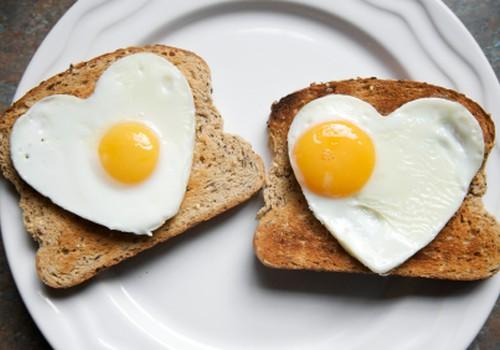 Mida teie lihavõtetel lauale panete? Oleme teile kokku pannud toreda peolaua!
