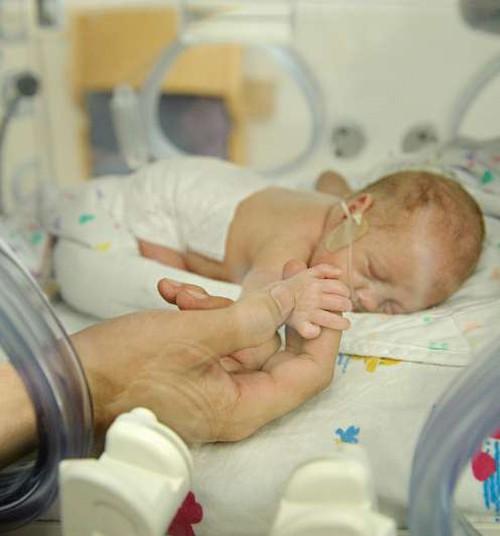 Ligi kolmandik Eesti lapsi sünnib haigena