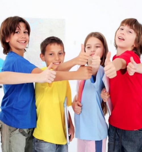 Juba koolieelikud peavad poisse tüdrukuist intelligentsemateks
