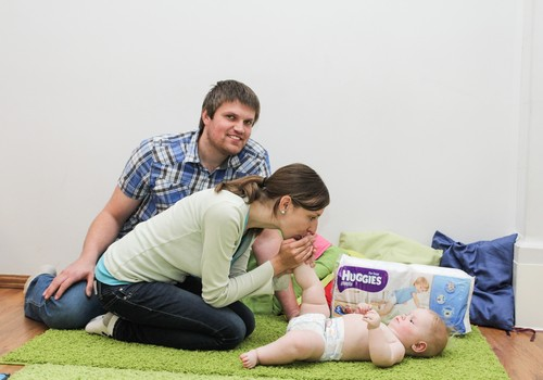 Mängud, mida ema võiks beebiga mängida