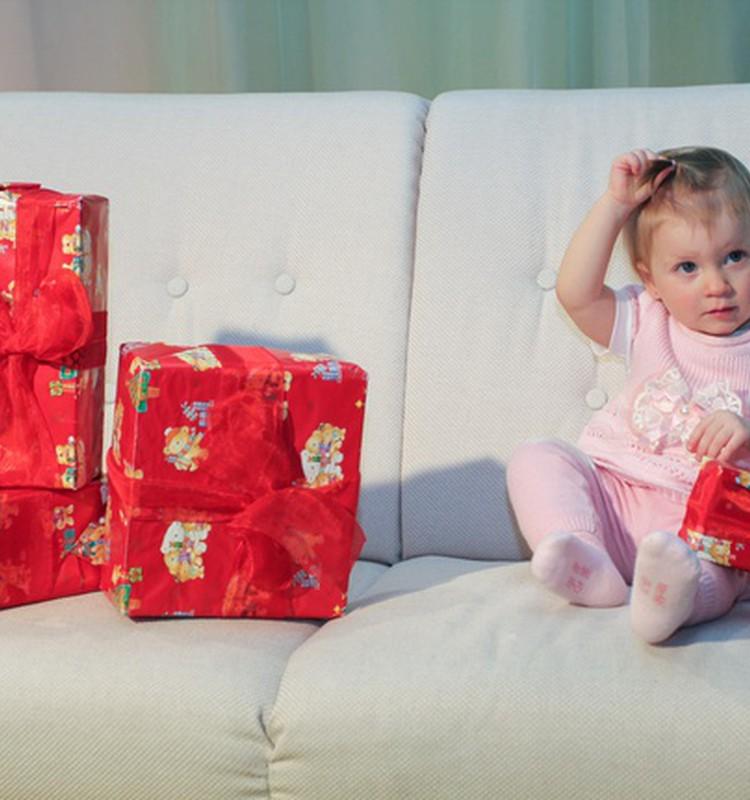 Aita meil selgitada välja parimad ning halvimad jõulukingitused beebile!