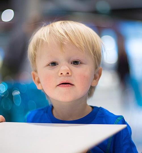 Kumu kunstimuuseum kutsub väikelapsi