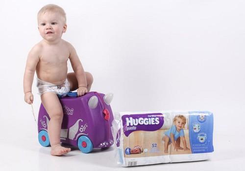 FOTONÕUANNE: Kuidas vahetada mähkmeid lapsel, kes oskab juba istuda, ringi liikuda ja seista!