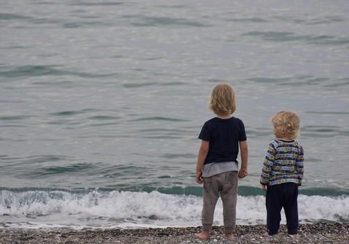 Käes on õige aeg rääkida oma väikelapsega veeohutusest. Aga kuidas?