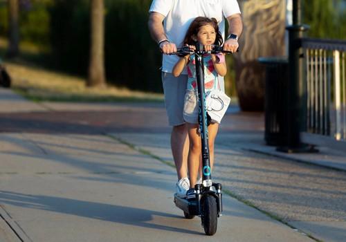 Õpime ise ja õpetame ka oma lastele: sellised on liiklusreeglid, mis kehtivad elektritõuksiga sõitjatele!