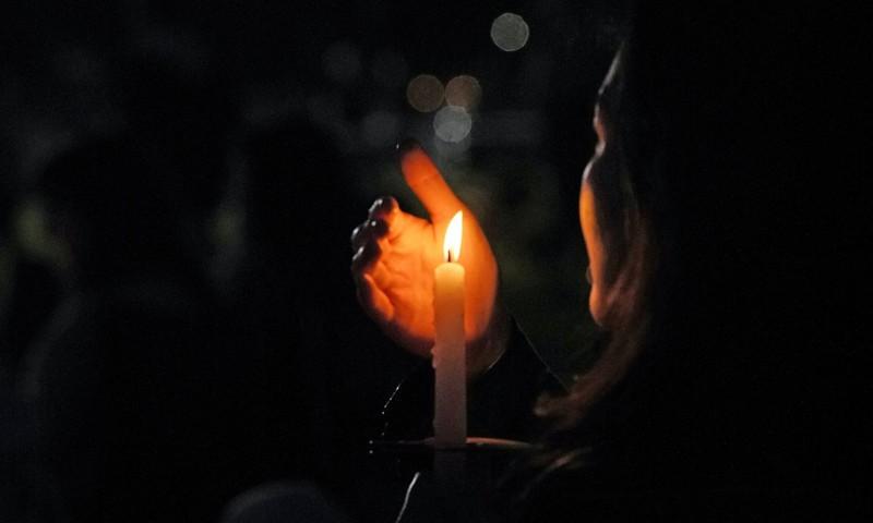 Tragöödia Tallinnas: naabrimees tappis müra tõttu väikelaste silme ees nende ema