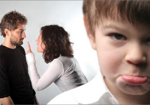 Miks ei tohi lapse kuuldes teise vanema kohta halvasti öelda?