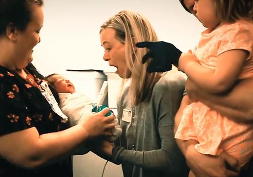 Video: Ema kohtub esimest korda oma tütrega, kelle sünni juures ta viibida ei saanud