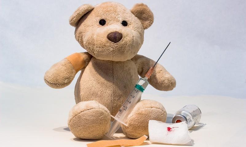 Itaalia ja USA kasutavad vaktsineerima survestamiseks karme meetodeid
