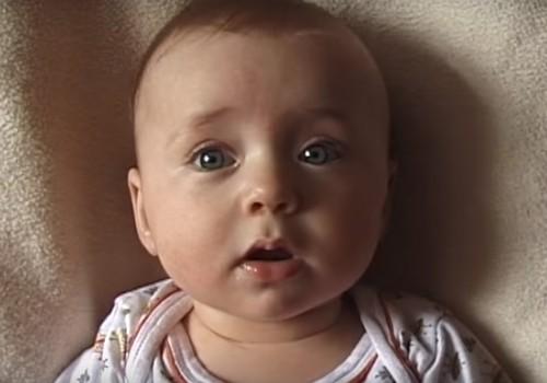 Kiirluubis video lapse kasvamisest: Lotte, 0-20