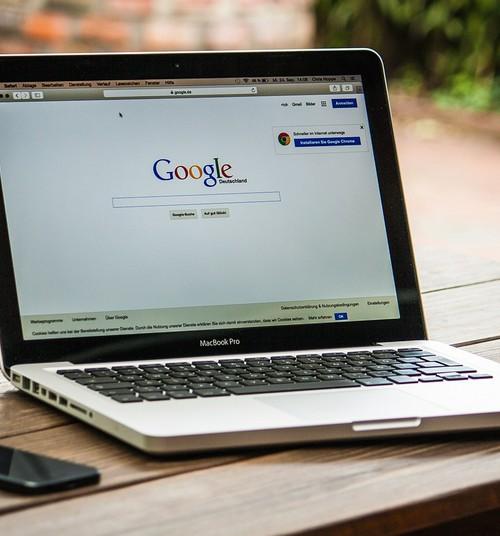 Internetiporno röövib lastelt süütuse