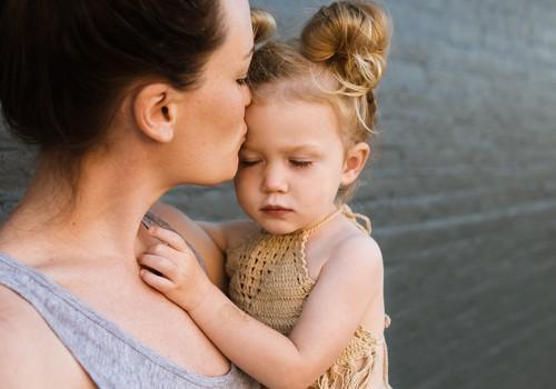 7 lauset, mida lastele karjumise asemel öelda