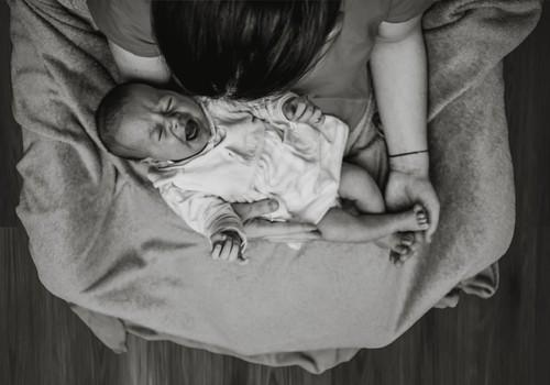 Ootamatult emaks saanud naine: Kõhtu ei olnud, iiveldust ka mitte, päevad käisid edasi...