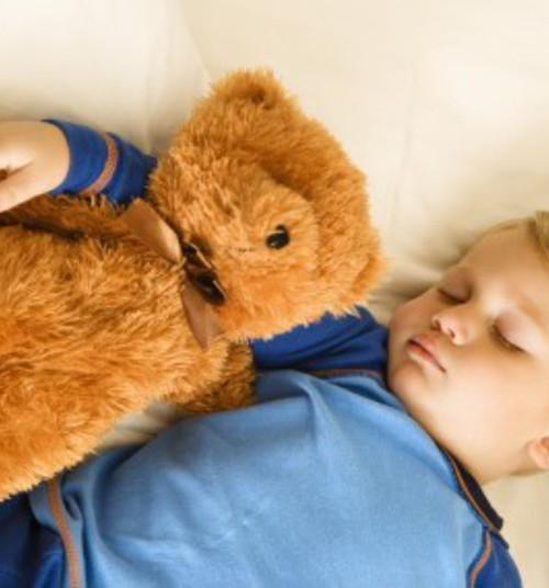 Aita oma last ja püüa teda mõista – kuidas saab lapsevanem lapsele enureesi puhul abiks olla?
