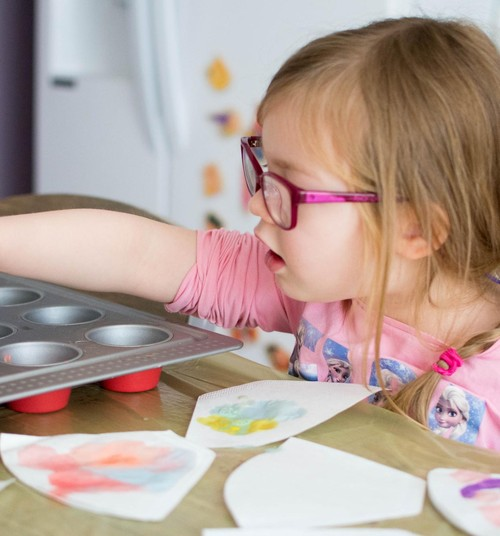 Meisterda koos lapsega: Kohvifiltritest lihavõttepärg
