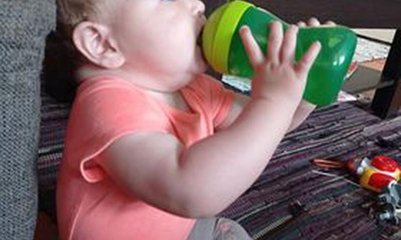Kuue lapse ema arvustab Philips Avent kõva tilaga tassi: Lapsel mõnus käes hoida!