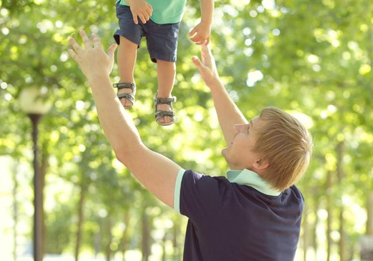 Maailma parim isa: Märtsikuu ülesanne - isade ja laste mängud