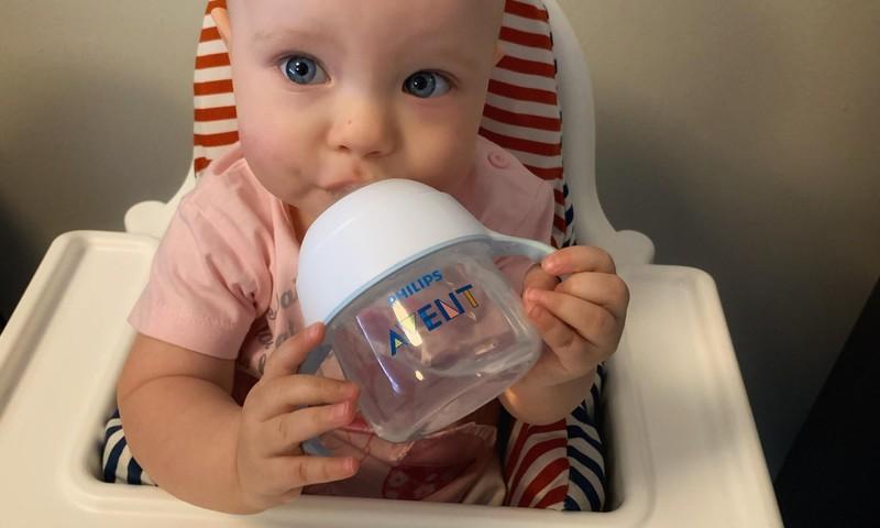 Philips Avent Natural harjutustassi testinud ema: Võtab lapse lausa plaksutama!