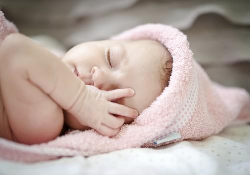 Kuidas kinkida beebile imeline 4. trimester?