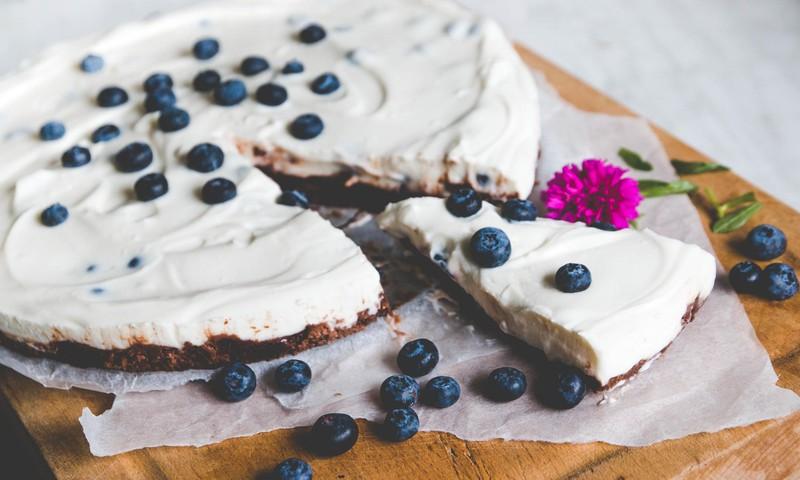 Jaanika retseptinurk: Kreeka jogurti kook mustikatega