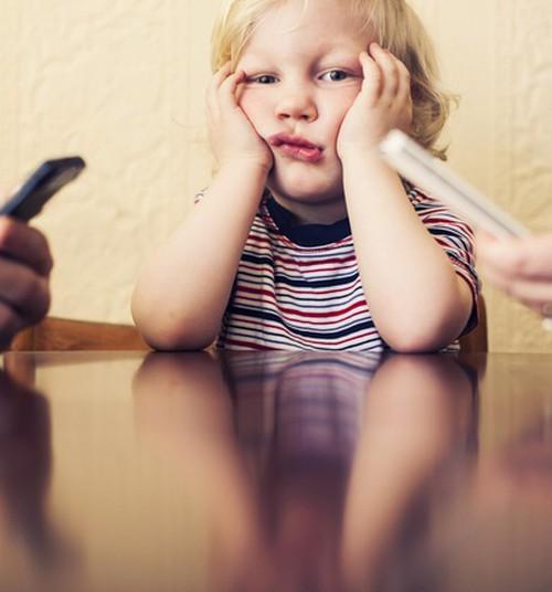 Isa blogi: Vanemakohustuste jagamine tekstisõnumite vahendusel