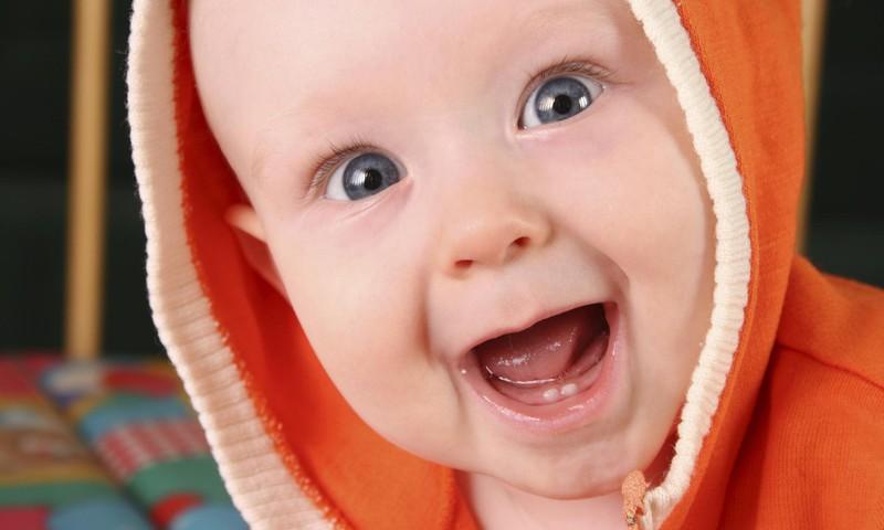 Mida peaks beebi oskama esimese eluaasta jooksul?
