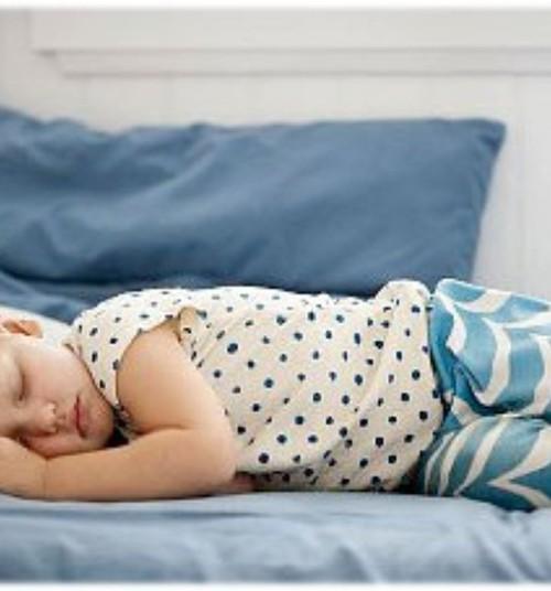 """Väikelapse üleminek """"suure lapse voodisse"""" – millal on õige aeg ja kuidas seda teha?"""