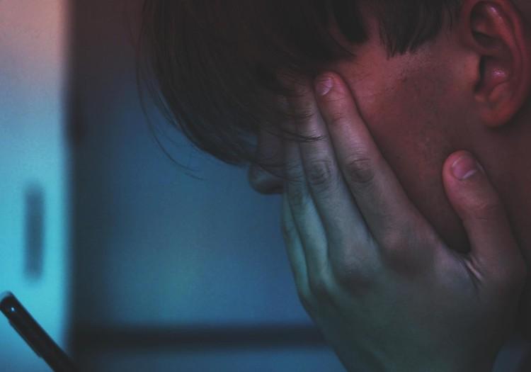 Koolide sulgemine tõi kaasa laste enesetapud