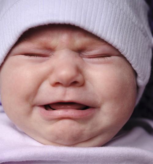 """Palju nuttev beebi ei ole """"raske beebi"""", nuttev väikelaps ei ole """"halb laps"""". Vastupidi!"""