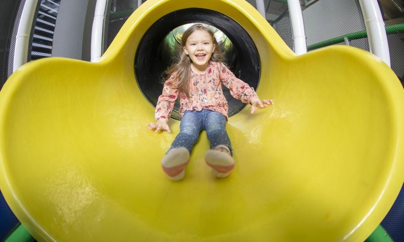 Reeglid, millest iga vanem peaks lapsi mängukeskusse viies kinni pidama